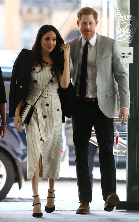 メーガン Markle's striped Altuzarra dress